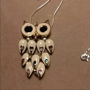 Pretty colors of owl necklace